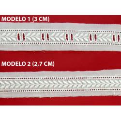 Entredos tira bordada beige (3 cm y 2,7 cm)